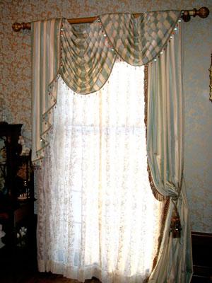 Цвета ассиметричных штор