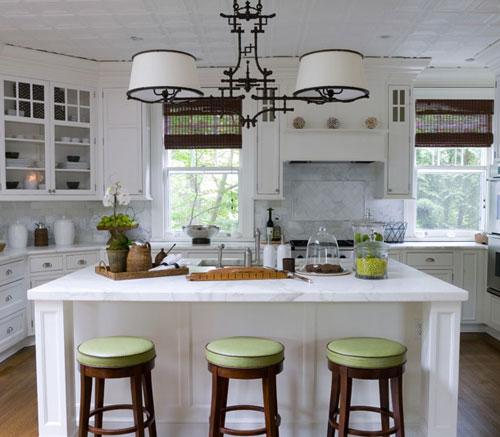 люстра в кухню фото в интерьере
