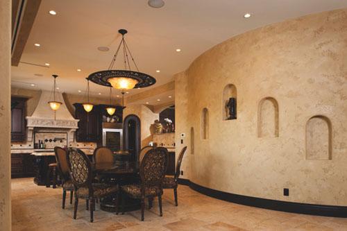 Структурные покрытия стен на кухне