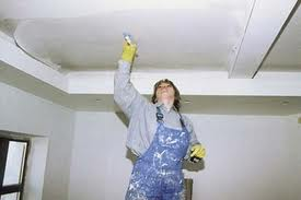 Подготовка потолка к покраске и покраска потолка своими руками