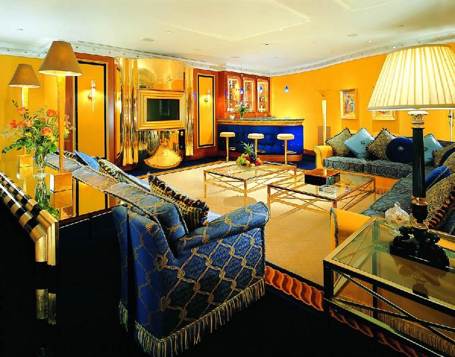 Мебель и текстиль в арабском стиле