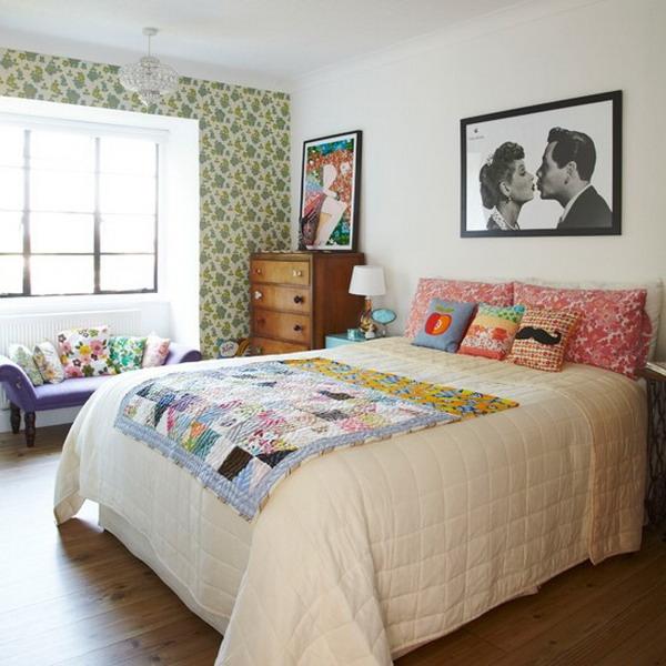Комната может быть оформлена подчеркнуто просто