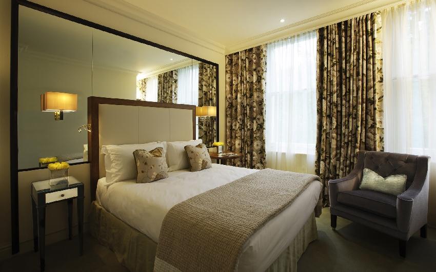 Кровать в европейском стиле