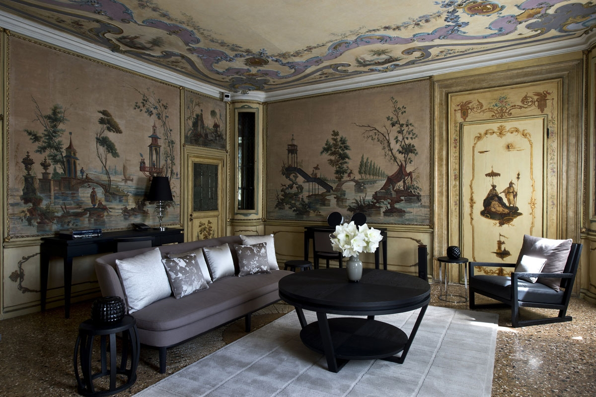 Мебель в венецианском стиле